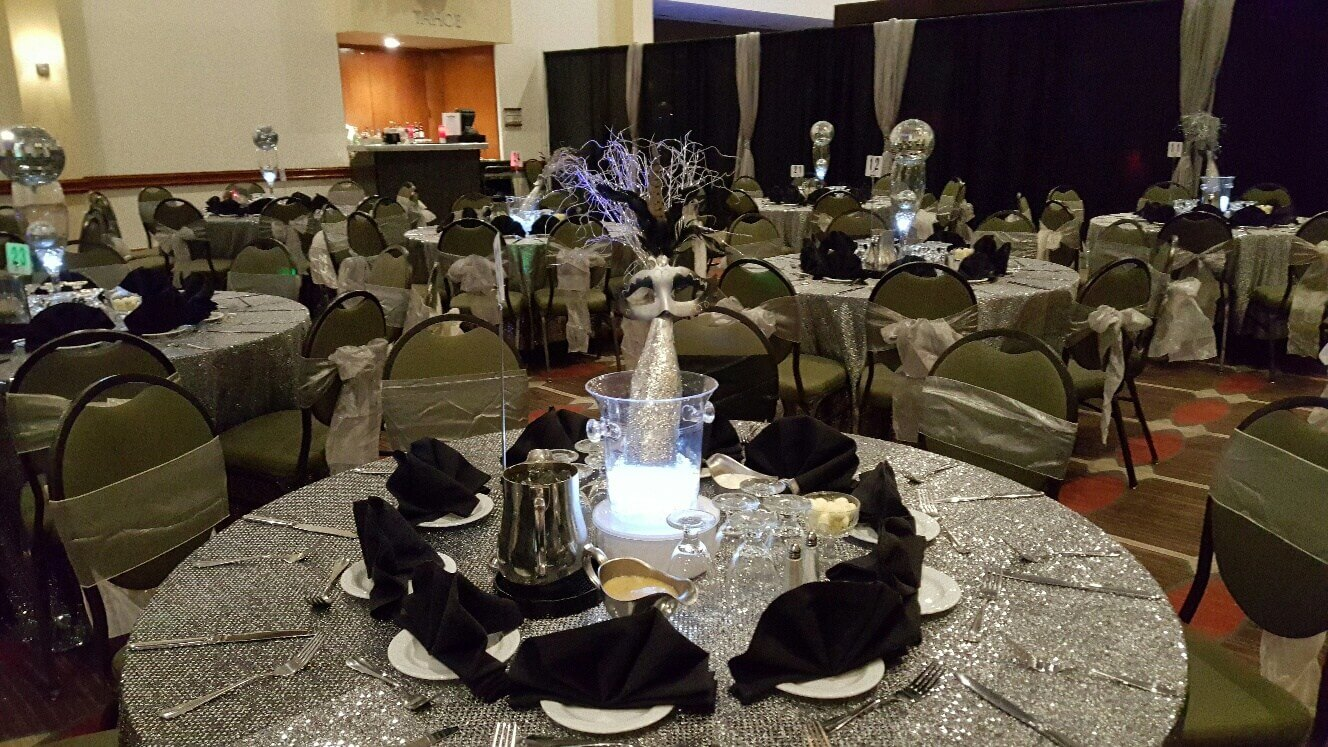 SW Design & Decor at Ultimate NYE Takeover- Ontario Airport Hotel